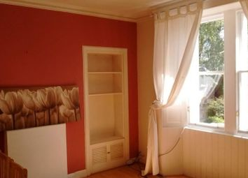 Thumbnail 2 bed flat to rent in West Street, Penicuik, Midlothian