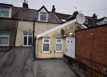 2 bed flat to rent in Broad Street, Staple Hill, Bristol BS16