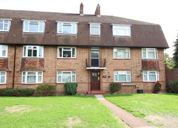 Thumbnail 2 bed flat to rent in The Avenue, Worcester Park