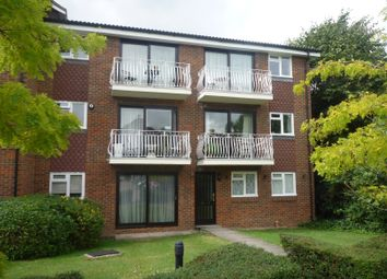 Thumbnail 1 bed flat to rent in Fleetwood Close, Croydon