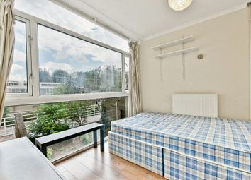 4 bed maisonette to rent in Robsart Street, Oval, London SW9