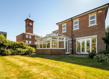 Thumbnail 4 bed detached house to rent in Tower Place, Warlingham