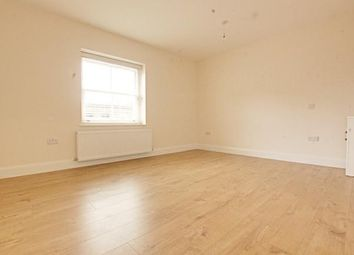 Thumbnail Room to rent in Green Lanes, Stoke Newington
