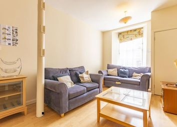 Thumbnail 2 bed flat to rent in Smiths Place, Edinburgh