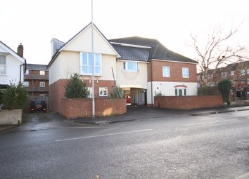Thumbnail 2 bed flat to rent in Groundwell Road, Swindon
