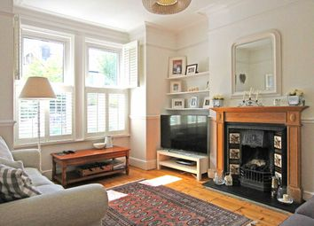 Thumbnail 3 bed property to rent in Midhurst Road, London