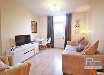 Thumbnail 2 bed flat to rent in Dashwood Road, London
