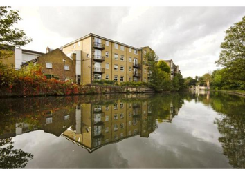 Thumbnail 2 bed flat to rent in Twig Folly Close, Bethnal Green, London