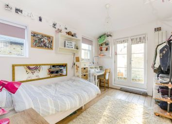 Thumbnail 4 bedroom property for sale in Biscay Road, Hammersmith
