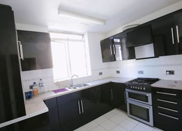 Thumbnail 4 bed flat to rent in Collier Street, London