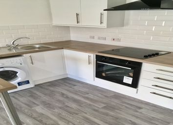 Thumbnail 2 bed flat to rent in Hawksworth Road, Horsforth, Leeds