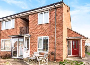 2 bed flat for sale in Barnes Close, Didcot OX11