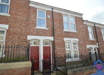 Thumbnail 3 bed flat to rent in Hyde Park Street, Gateshead