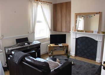 Thumbnail 1 bedroom flat to rent in Ranelagh Road, London