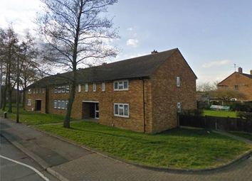 Thumbnail 1 bed flat to rent in Lyneham Road, Luton