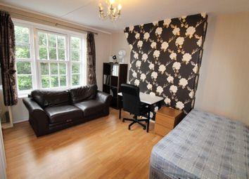 Thumbnail 3 bed flat to rent in Phoenix Road, Kings Cross