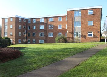 Thumbnail 3 bed flat for sale in Swanstand, Letchworth Garden City