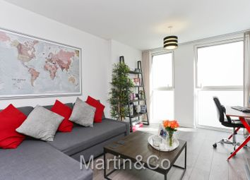 Thumbnail 1 bed flat for sale in Saffron Square, Wellesley Road, East Croydon, Surrey