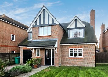 Thumbnail 5 bed detached house to rent in Birch Tree Gardens, Felbridge, East Grinstead