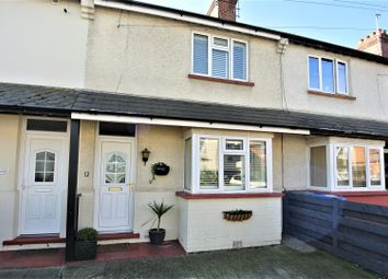 2 bed property for sale in Alexandra Road, Addlestone KT15
