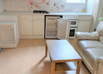 1 bed flat to rent in Eastern Avenue, Ilford IG4