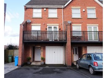 Thumbnail 4 bed town house for sale in Motherwell Close, Widnes