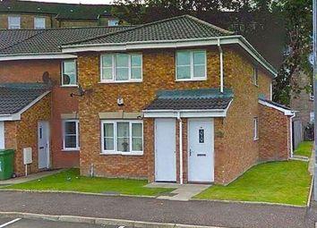 2 bed flat to rent in Tullis Gardens, Glasgow G40