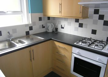 4 bed flat to rent in University Road, Portswood, Southampton SO17