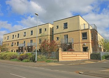 Thumbnail 1 bed flat for sale in Brookside, Huntingdon