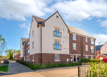 Thumbnail 2 bed flat for sale in Beryl Close, Crawley