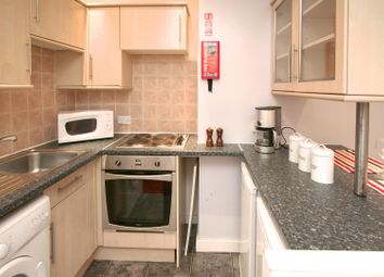 2 bed property to rent in Flat 7, 244 Vinery Road, Burley LS4