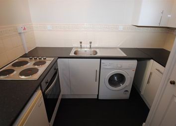 Thumbnail Flat to rent in Cumberland Place, London