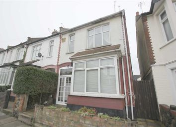 Thumbnail 1 bed flat to rent in Macdonald Avenue, Westcliff On Sea, Essex