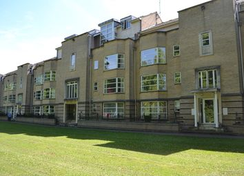 Thumbnail 2 bed flat to rent in Petersfield, Cambridge