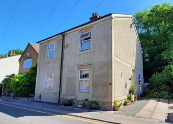 Cappell Lane, Stanstead Abbotts, Ware SG12. 2 bed cottage