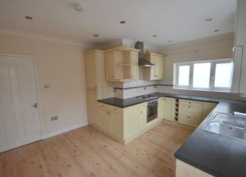 4 bed bungalow to rent in Princes Avenue, Chatham ME5