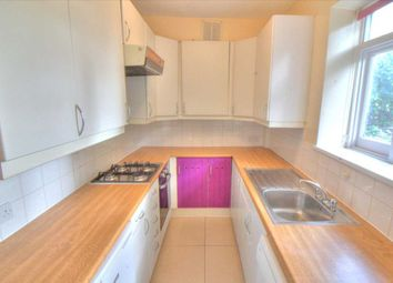 2 bed maisonette to rent in Churchfield Avenue, London N12