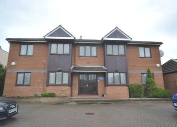 Thumbnail 2 bed flat to rent in Old Watford Road, Bricket Wood, St.Albans