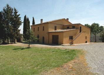 Thumbnail 6 bed farmhouse for sale in San Casciano Dei Bagni, San Casciano Dei Bagni, Siena, Tuscany, Italy