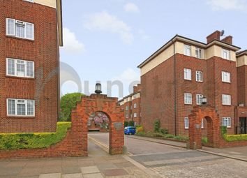 Thumbnail 2 bed flat to rent in Danescroft, Brent Street, Hendon
