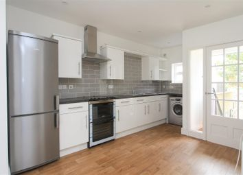 1 bed maisonette to rent in High Street, Whitstable, Kent CT5