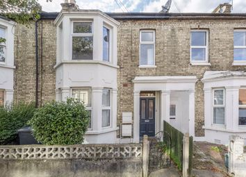 Thumbnail 2 bed flat to rent in Alacross Road, London