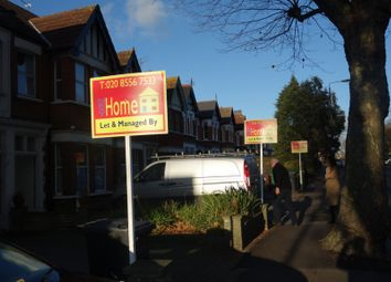 Thumbnail Room to rent in The Avenue, Chingford