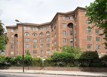 Thumbnail 3 bedroom flat to rent in Cropthorne Court, Maida Vale, London