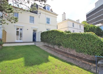 2 bed flat to rent in Abbey Road, Torquay TQ2