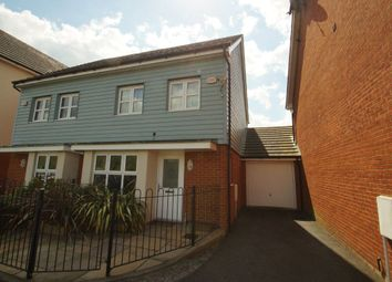 Thumbnail 3 bed property to rent in Ashmount Crescent, Cippenham, Slough