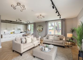 Thumbnail 2 bedroom flat for sale in 23A Leyton Road, Harpenden