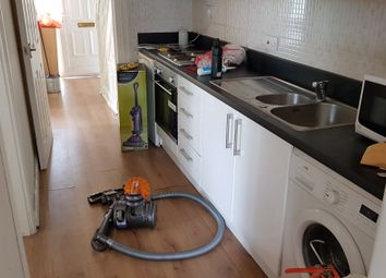 Thumbnail 5 bed shared accommodation to rent in Tile Hill Lane, Tile Hill / Canley