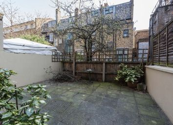 Thumbnail 3 bed flat to rent in Settles Street, London