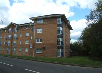 Thumbnail 2 bed flat to rent in Swallow Brae, Livingston, West Lothian